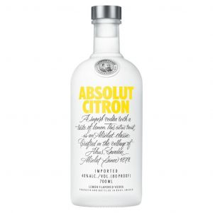 https://cdn.webshopapp.com/shops/286243/files/314067633/absolut-vodka-citron-70cl.jpg