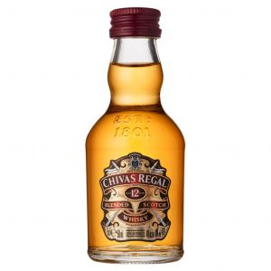 https://cdn.webshopapp.com/shops/286243/files/325054965/chivas-regal-12-year-blended-scotch-whisky-5cl.jpg