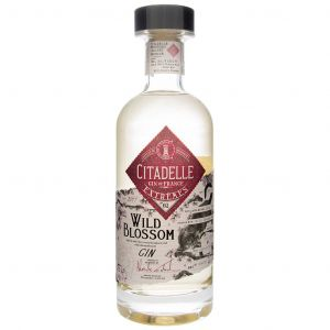 https://cdn.webshopapp.com/shops/286243/files/311753054/citadelle-wild-blossom-70cl.jpg