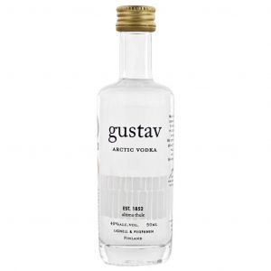 https://cdn.webshopapp.com/shops/286243/files/327094069/gustav-arctic-vodka-mini-5cl.jpg