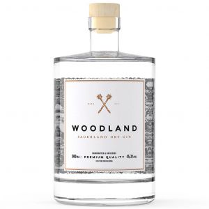https://cdn.webshopapp.com/shops/286243/files/320363057/woodland-sauerland-dry-gin-50cl.jpg