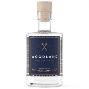 https://cdn.webshopapp.com/shops/286243/files/320374503/woodland-sauerland-dry-gin-navy-strength-mini-5cl.jpg